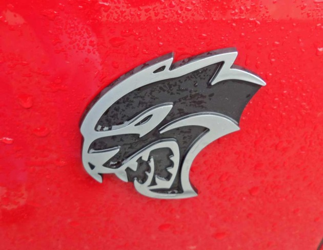Dodge-Charger-Hellcat-Logo