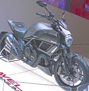 Ducati-Diavel