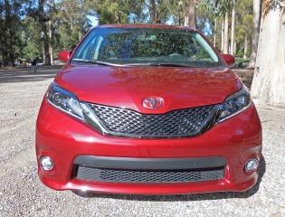 Toyota Sienna Nose