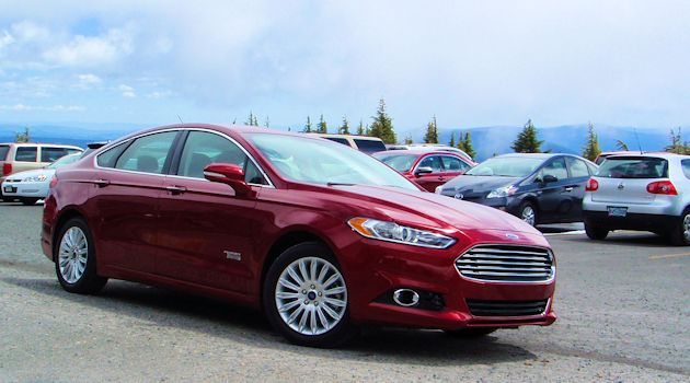 2015 Ford Fusion  Energi front q