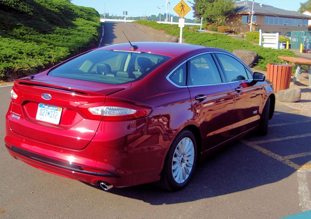 2015 Ford Fusion  Energi rear q2
