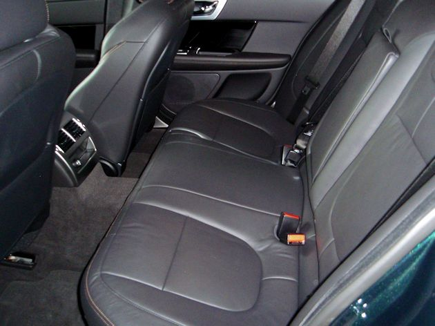 2015 Jaguar XF 3.0 AWD rear seat