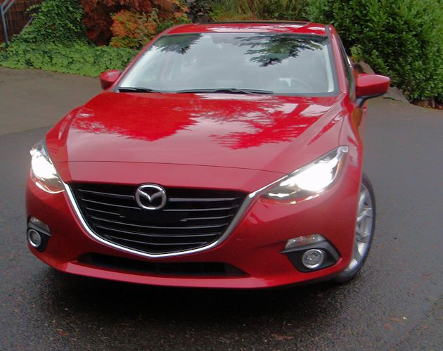 2015 Mazda3 GT front