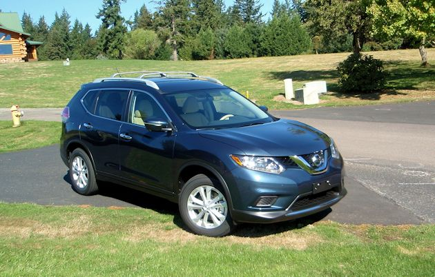 2015 Nissan Rogue front q