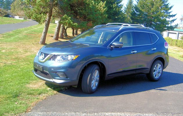 2015 Nissan Rogue front q2