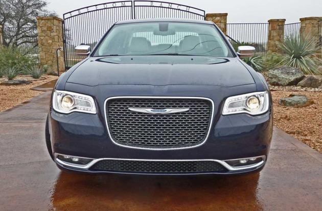 Chrysler-300-Nose