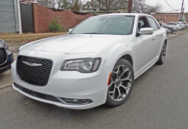 Chrysler-300-SLSF