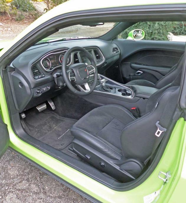 Dodge-Challenger-Scat-Pack-Logo