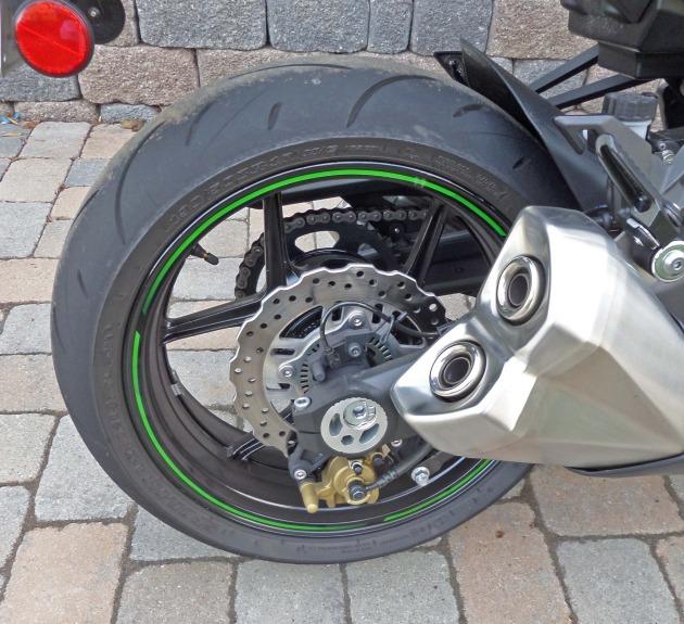 Kawasaki Z1000 RWhl