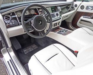 Rolls-Wraith-Int