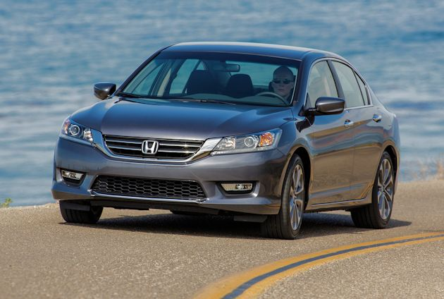 2015 Honda Accord Sport front