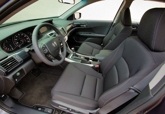 2015 Honda Accord Sport interior