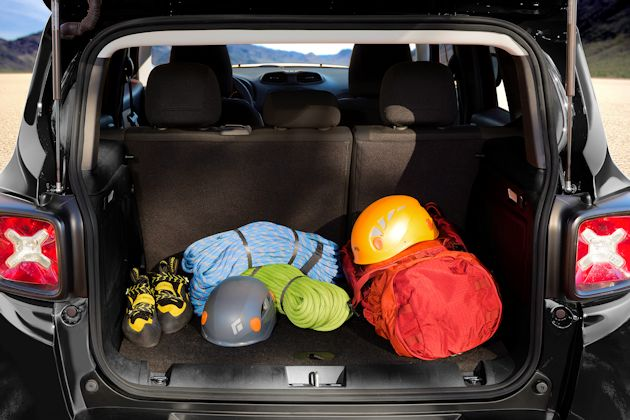 2015 Jeep Renegade cargo