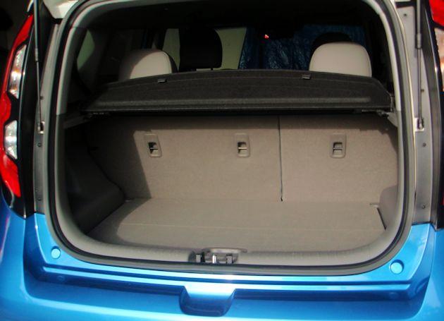 2015 Kia Soul EV cargo space