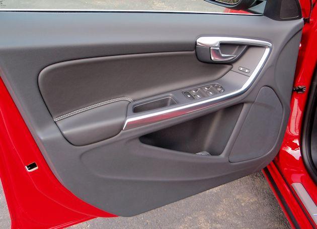 2015.5 Volvo V60 T6 door panel
