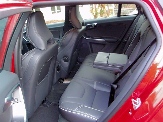 2015.5 Volvo V60 T6 rear seat