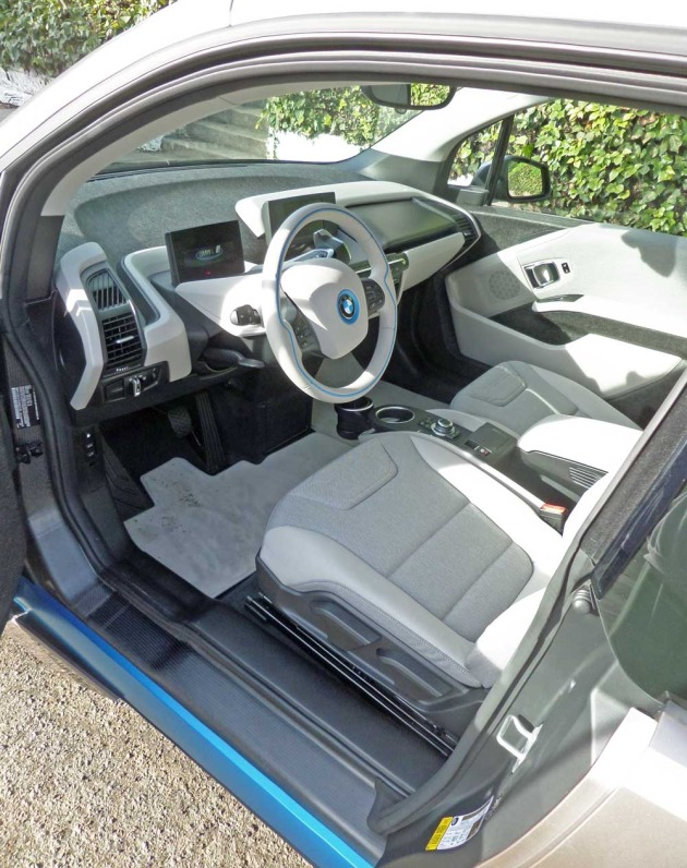 BMW-i3-Int