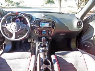 Nissan-Juke-NISMO-Dsh