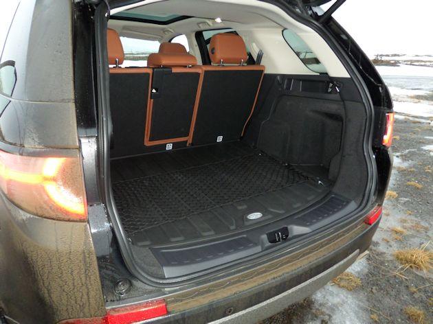 2015 Land Rover Discover Sport cargo