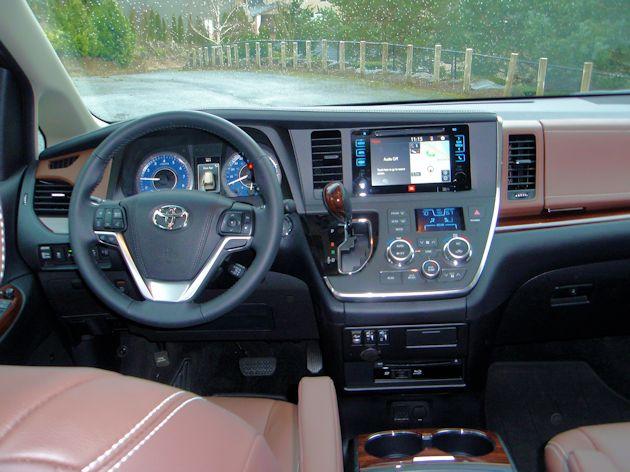 2015 Toyota Sienna Limited dash
