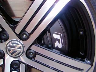 2015 Volkswagen Golf R brake