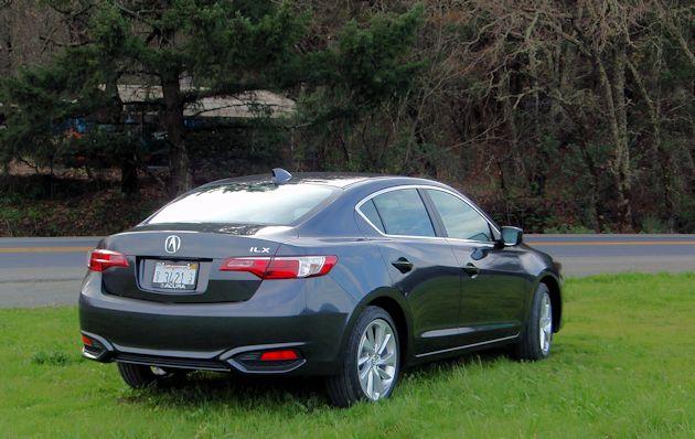 2016 Acura ILX rear 2