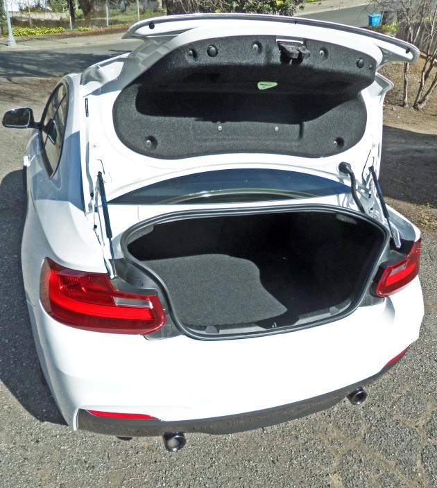 BMW M235i Trnk