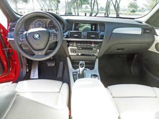 BMW-X4-28i-xDrive-Dsh