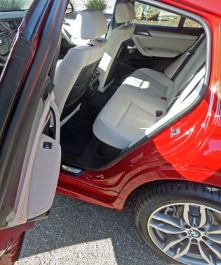 BMW-X4-28i-xDrive-RInt