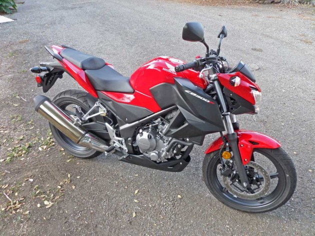 Honda-CB300F-RSF