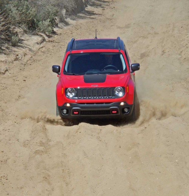 Jeep-Renegade-Trailhawk-HDC