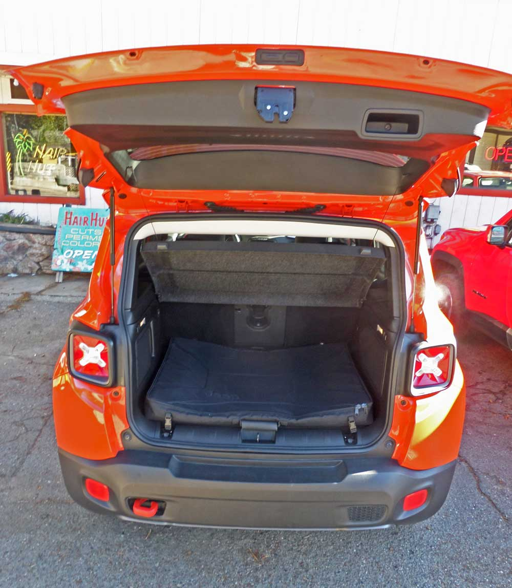 2015 jeep renegade trailhawk test drive our auto expert - Jeep renegade trailhawk interior ...