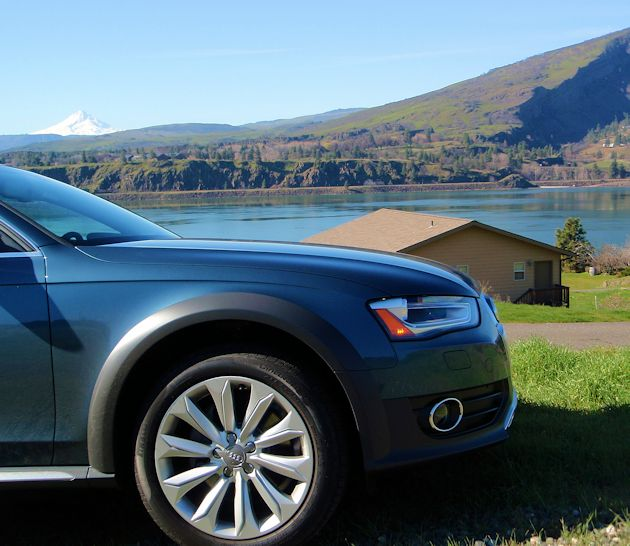 2015 Audi Allroad front
