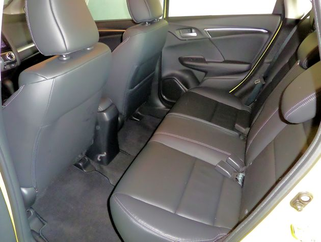2015 Honda Fit rear seat