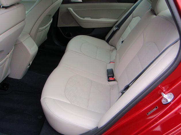 2015 Hyundai Sonata rear seat