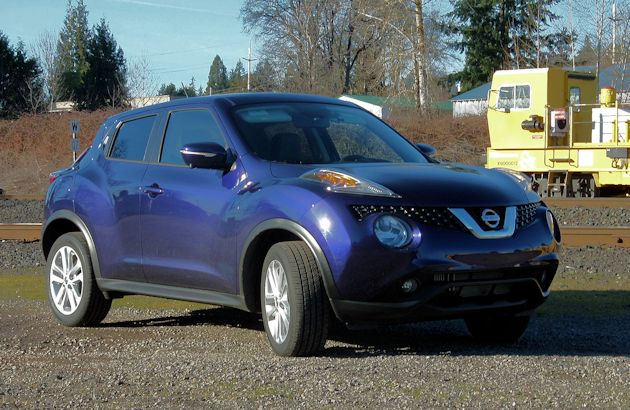 2015 nissan juke test drive our auto expert. Black Bedroom Furniture Sets. Home Design Ideas