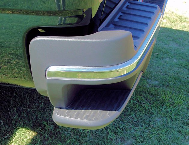 20152 GMC Canyon bumper step