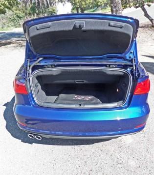 Audi-Cabrio-1.8T-Trnk