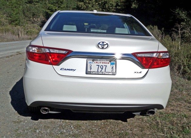 Toyota Camry XLE Tail