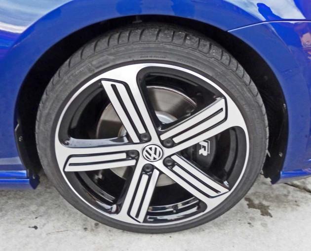 VW-Golf-R-Whl