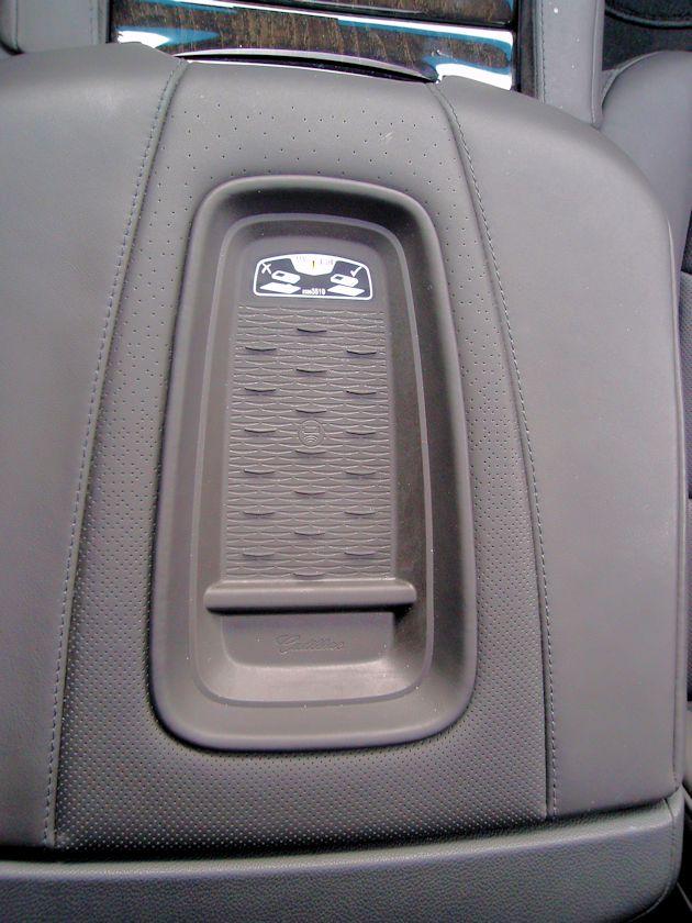 2015 Cadillac Escalade charger