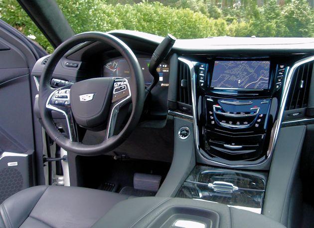 2015 Cadillac Escalade dash