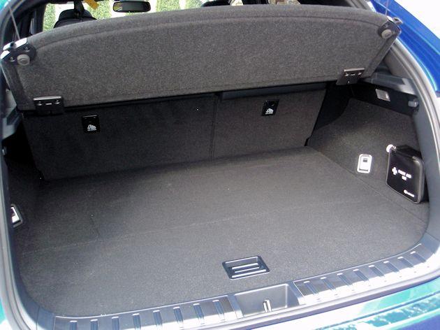 2015 Lexus NX 200T cargo