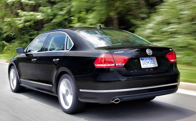 2015 Volkswagen Passat rear