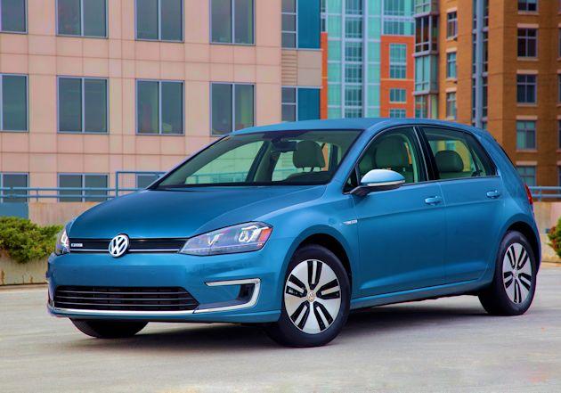 2015 Volkswagen eGolf front q