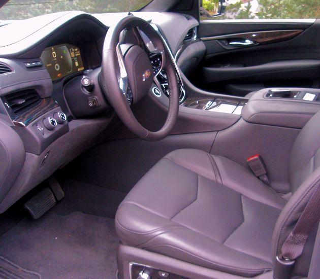 2763 Cadillac Escalade interior