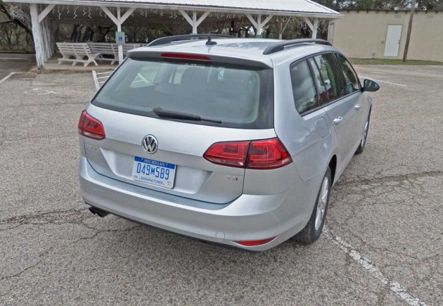 VW-Golf-SportWagen-RSRS