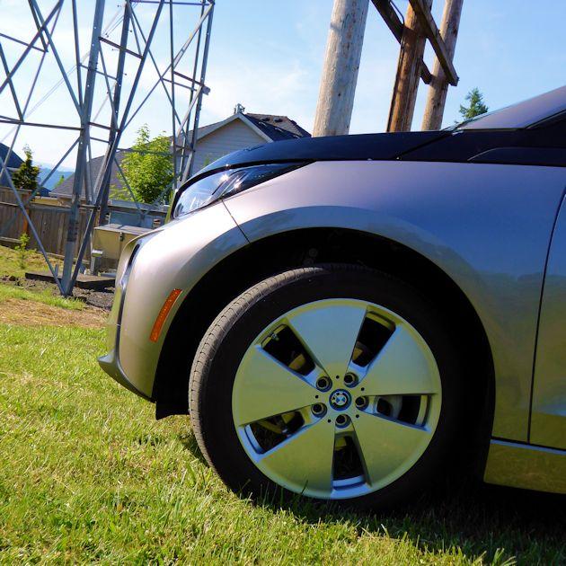 2015 BMW i3 front wheel