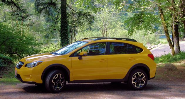 2015 Subaru XV CrossTrek side2