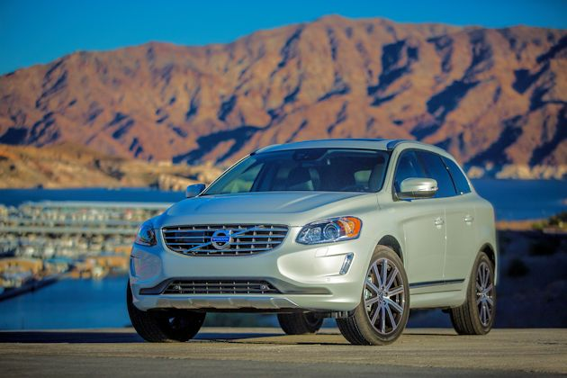 2015 Volvo XC60 T6 AWD front q